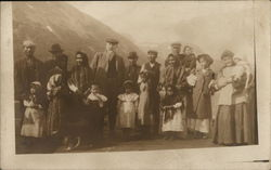 Picture of Large Family, Imigrants?