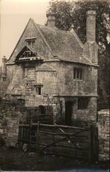 Gatehouse and Dovecote