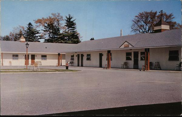 Grand Union Motel, Center Building Containing Office-Lounge