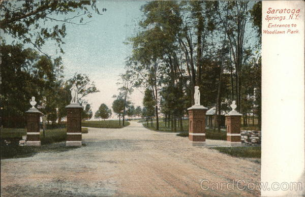 Entrance to Woodlawn Park