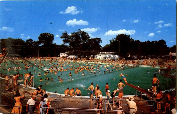 the municipal swimming pool wichita ks