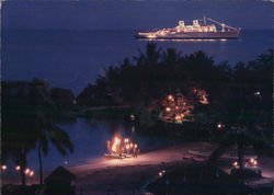 "American Hawaii Cruises S.S. ""Independence"" Large Format Postcard"