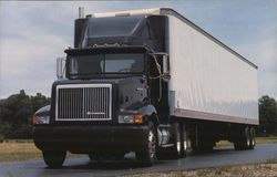 International 9200 Semi-Truck