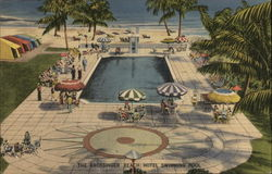 The Grossinger Beach Hotel Swimming pool