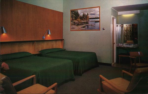 Landmark Motor Lodge Glens Falls Ny Postcard