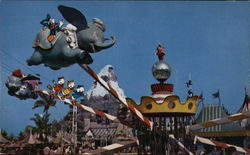 Flying Dumbo, Disneyland