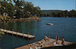 Lake George Vacationland