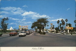 Harbor Boulevard showing Disneyland