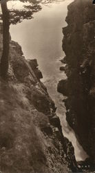 The Rift in the Rocks, Shore Path, Hunter Beach Head Postcard
