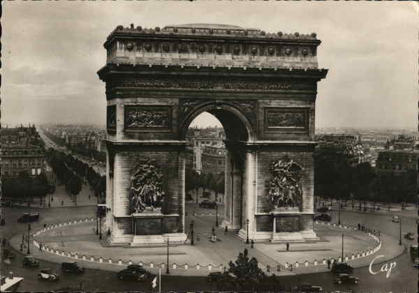 L'Arc de Triomphe Paris France