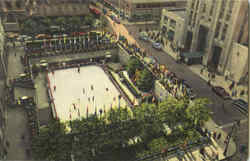 The Rockefeller Plaza Outdoor Ice skating Rink Postcard