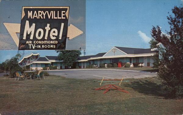 Unused Postcard Travelers Motel and Restaurant Maryville