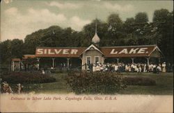 Entrance to Silver Lake Park Postcard