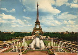Eiffel Tower, Gardens of Chaillot Palace and Champs-de-Mars