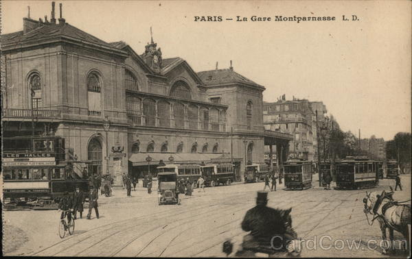 La Gare Montparnasse Paris France