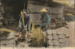 Making straw layers upon which the silkworms are kept while reaching maturity