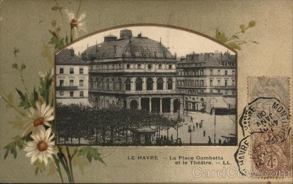 La Place Gambetta et le Theatre