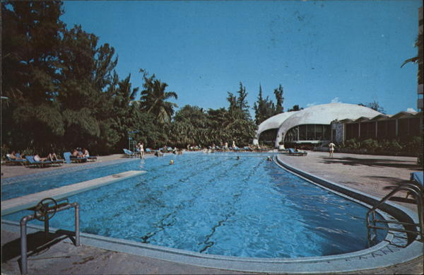 El San Juan Hotel - Swimming Pool and Lemon Tree Restaurant Puerto Rico