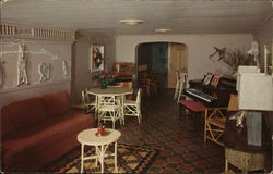 Driftwood Lodge - Driftwood Rumpus Room and Bar