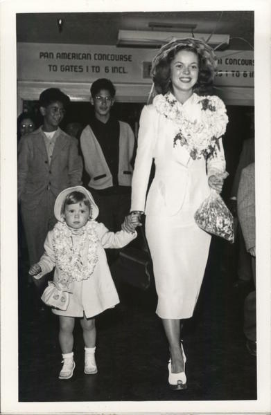 1950 Shirley Temple & Daughter Actresses