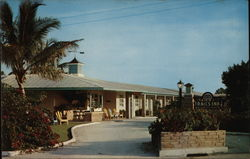 Trail's End Motor Hotel Naples-On-The-Gulf Postcard