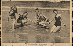Ostende La trempette - Women on Beach