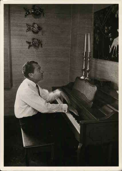 Richard Nixon at Piano, 1967 Presidents