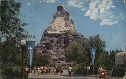 Matterhorn - Tomorrowland, Disneyland
