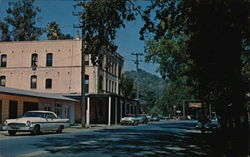 Village Street with the Old Glen Ellen Hotel
