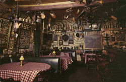 Gus' Antique Bar