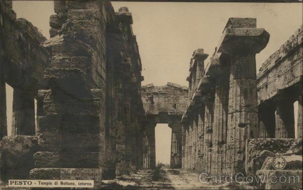 Pesto - Tempio di Nettune, interno