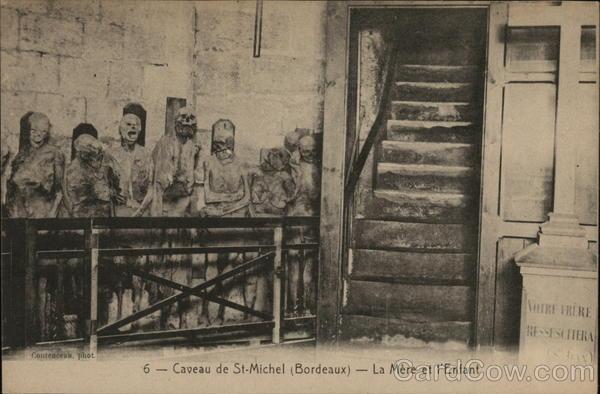 Caveau de St.Michel (Bordeaux) - La Mere et l'Enfant
