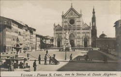 Piazza S. Croce with the statue of Dante Alighieri