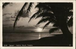 Sunset - Waikiki Beach