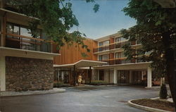 The Four Seasons Motor Hotel