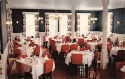Dining Room, Ardmore-Summerfield Hotel