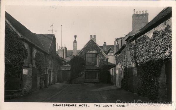 Court Yard, Shakespeare Hotel Stratford-upon-Avon England