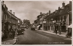 G. 4630. High Street, Alton. Postcard