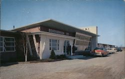 Meadowbrook Motor Inn Postcard
