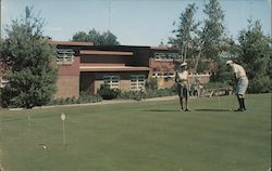The Concord Hotel - The All Year All Sports Resort - Putting Green & Club House