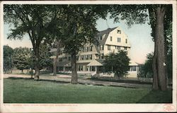 Colonial Hotel, Centre Harbor Lake