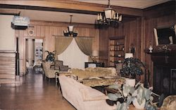 The Lobby of the Clewiston inn extends leisurely relaxing surroundings typical of Southern Hospitality. Postcard