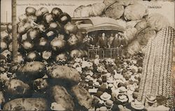 President Taft Addresses Citizens, Surrounded by Giant Vegetables Postcard