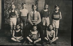 Boys Basketball Team, 1925