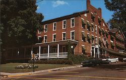Middlebury Inn, Vermont's Finest Colonial Inn Postcard
