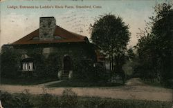 Lodge, Entrance to Laddin's Rock Farm