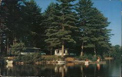 A Lake Side Resort, Rust Pond Cottages