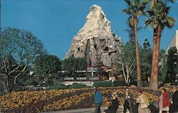 Matterhorn Mountain, Disneyland