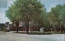 Ahler's Motel and Dining Room Junction U.S. Highways 61 and 36 Postcard
