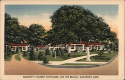 Moody's Tourist Cottages, On The Beach